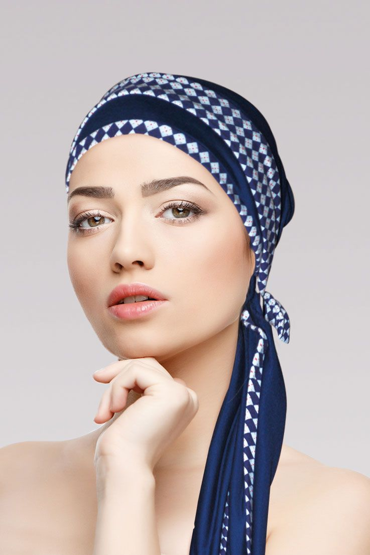 Turbante Azul Marinho com viés Perla + Tiara da mesma estampa do viés