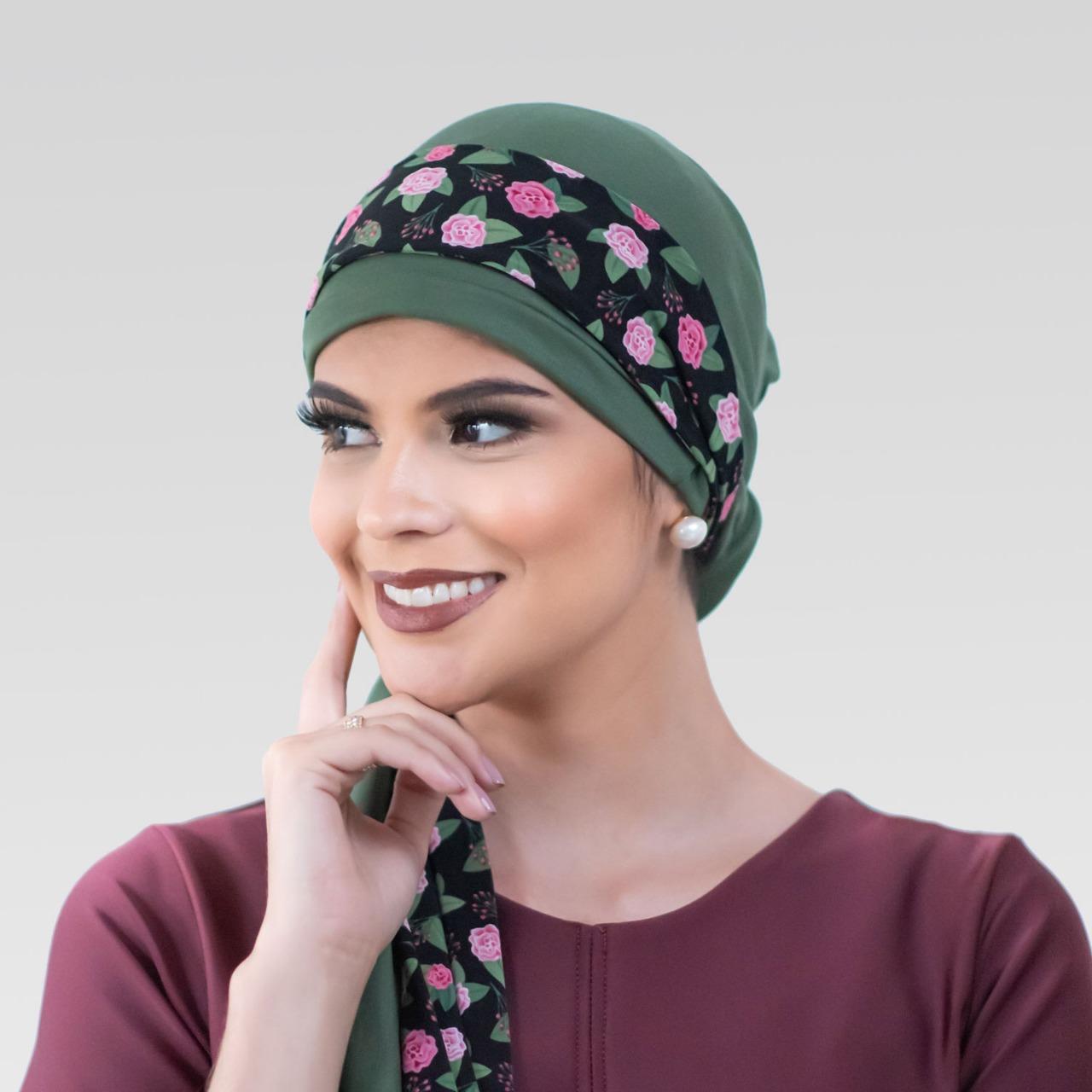 Turbante Verde Musgo + Faixa Rosas