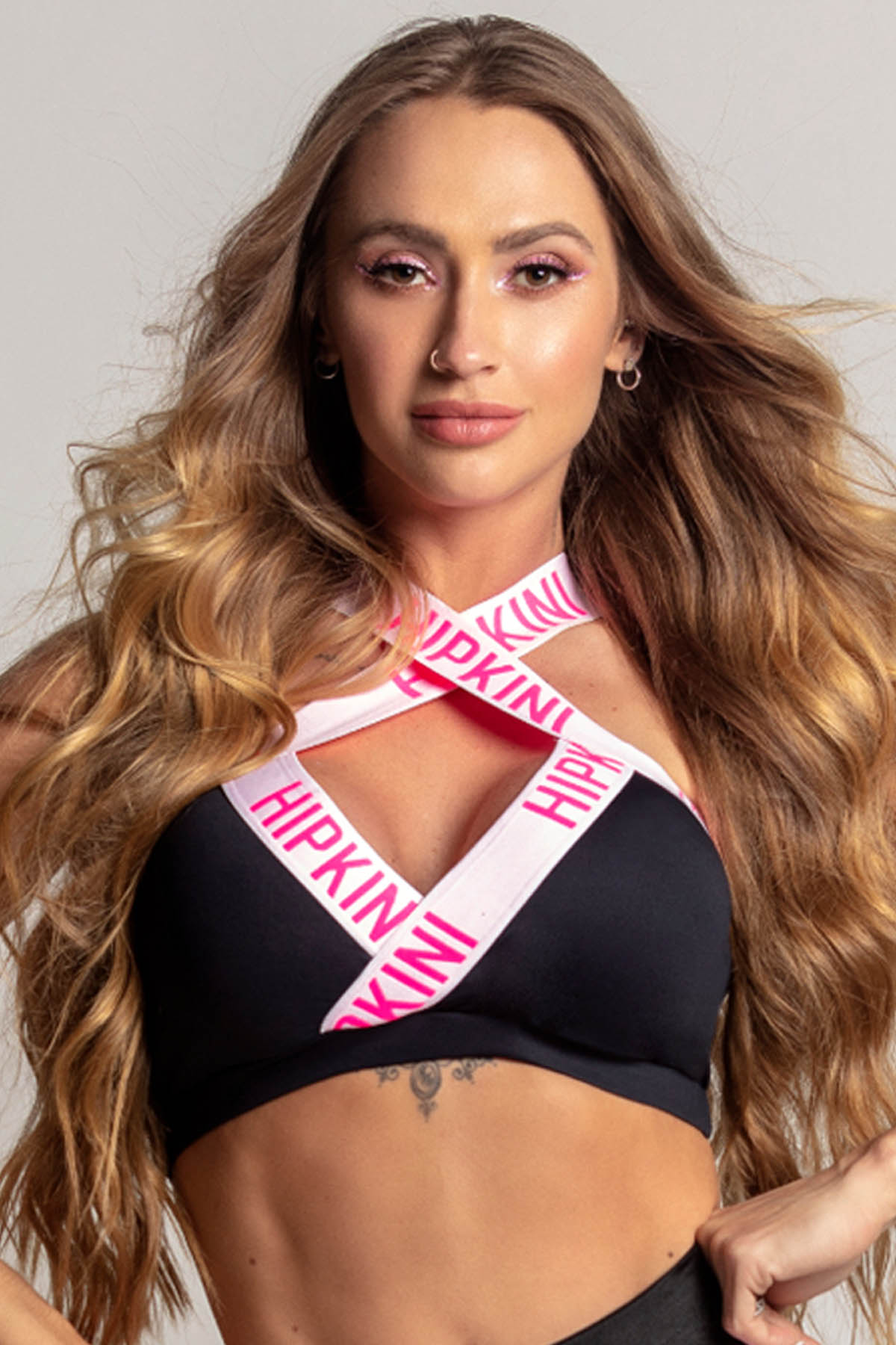 TOP DREAM FITNESS PRETO COM ELÁSTICO ROSA HIPKINI