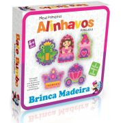 MEUS PRIMEIROS ALINHAVOS PRINCESAS