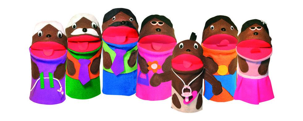 Fantoches Família Negra c/ 7 personagens em feltro