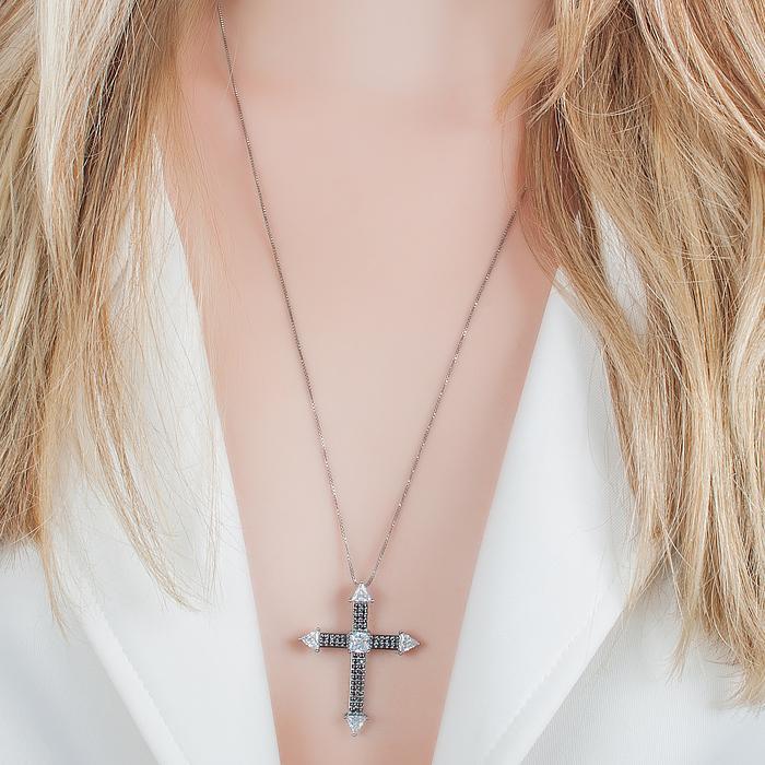 Colar Crucifixo com Cravação em Zircônias Banho Ródio Negro