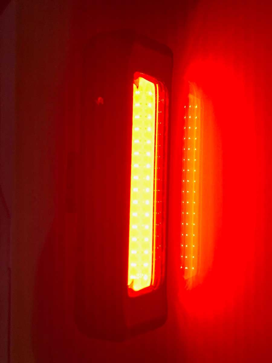Lanterna Sinalizadora Led Vermelho Comet - Usb