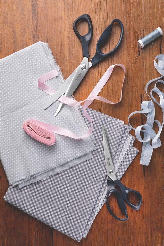 """Tesoura Costura Inox 8"""" Supercort Onix Tramontina"""