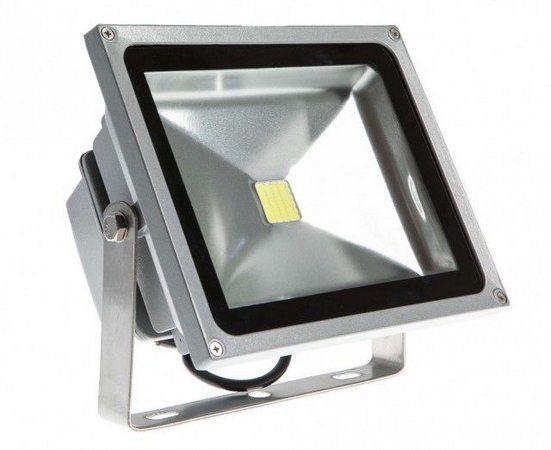 Refletor de led 30w 6500K branco frio bivolt ip66 resistente a água em chip cob
