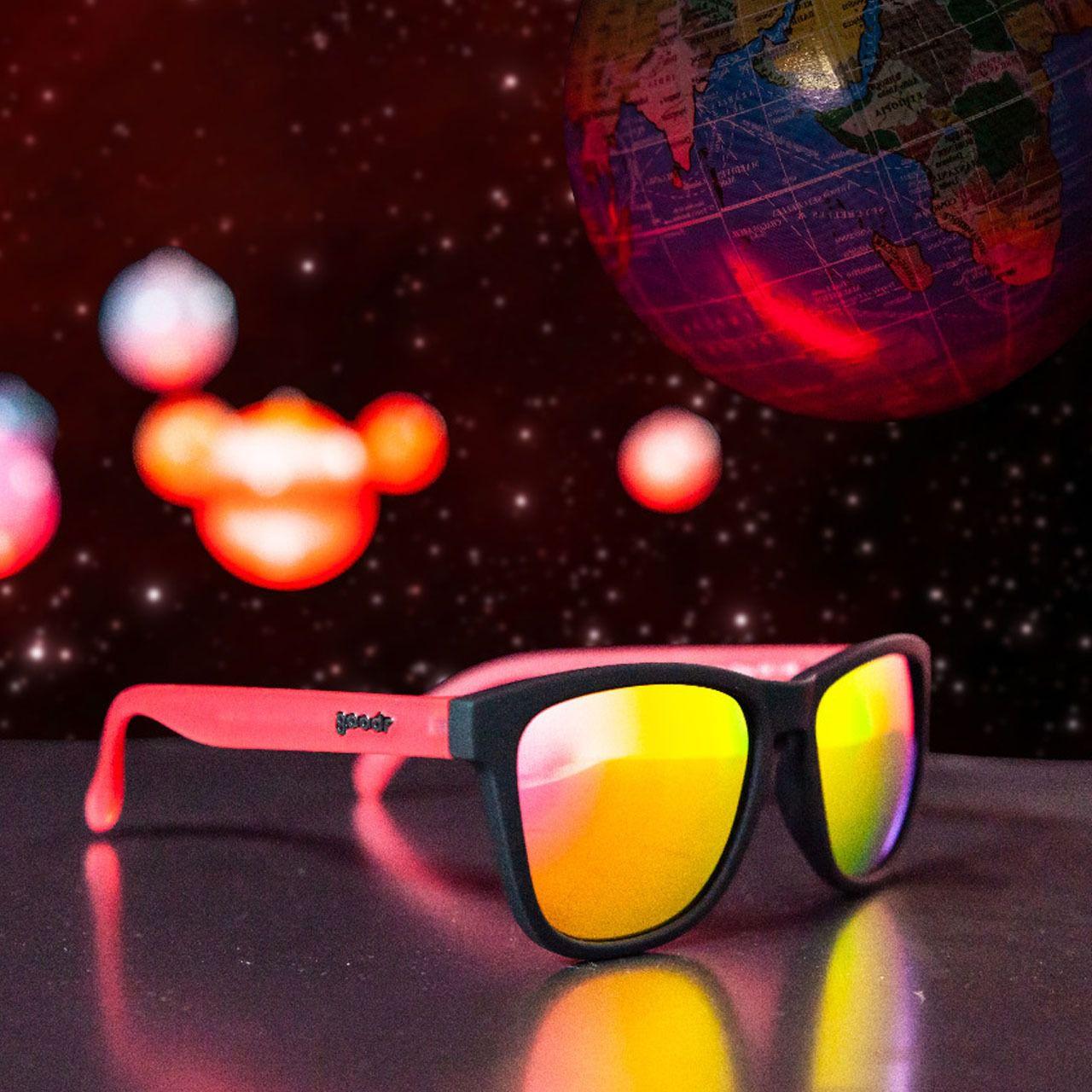 Óculos de Sol Goodr - Miss the Earth, Miss my Wine