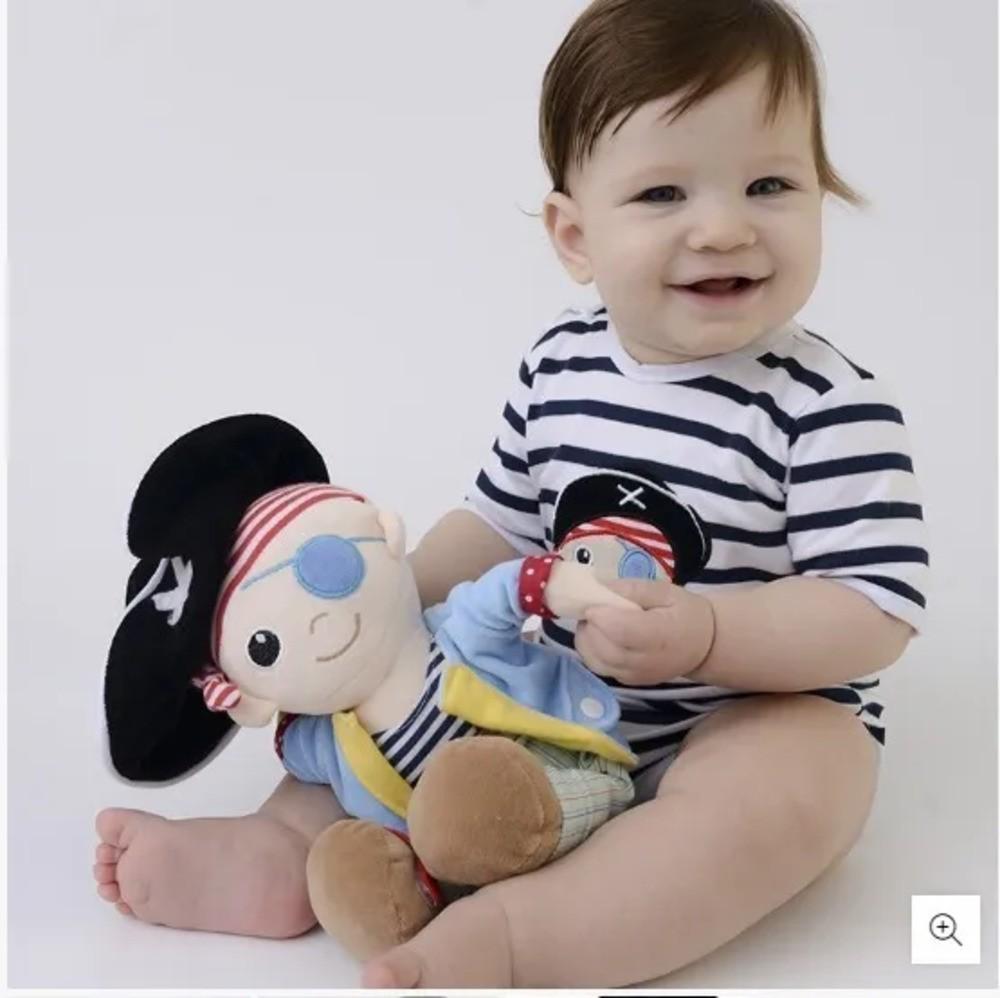Boneco Bonequinho Pelúcia Pirata Zip Toys  - Encanto Baby