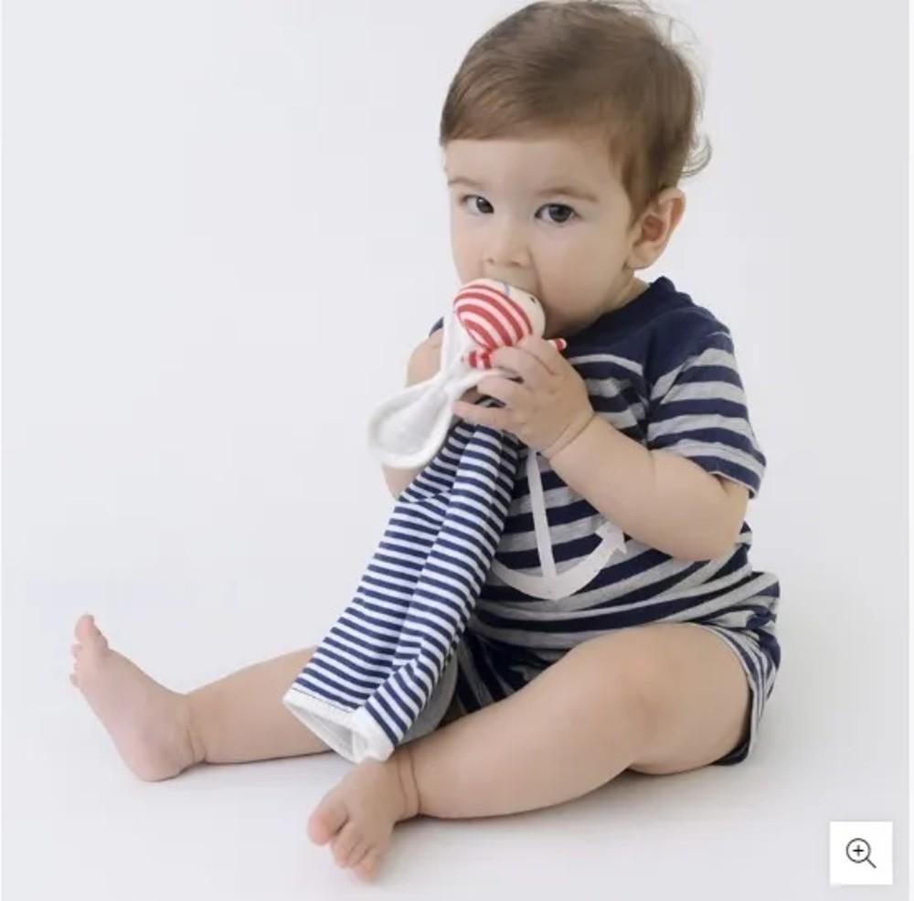 Naninha Para Bebê c/Prendedor De Chupeta Listrado Bege Zip Toys  - Encanto Baby