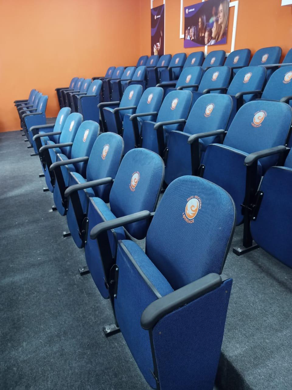 Cadeira Poltrona para auditório - Max