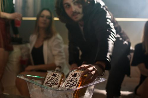 Licor Fino Whisky De Canela Witch On Fire Gourmet Nacional