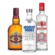 Kit Gin Beefeater 750ml, Whisky Chivas Regal 12 anos 750ml, Vodka Absolut 750ml