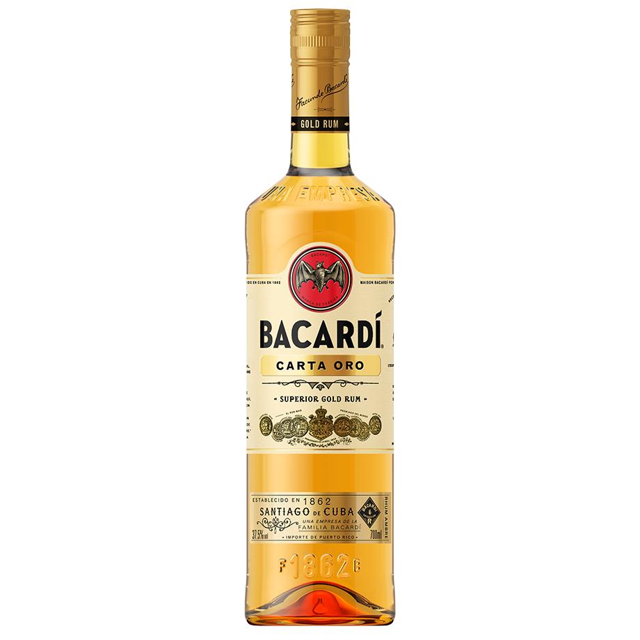 Bacardi Carta Ouro com Copo personalizado oficial