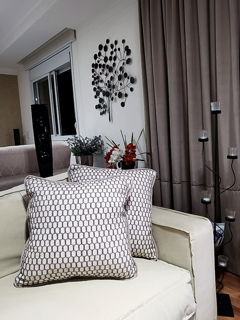 Almofada Versalhes Bordado Geometrico Cru  50X50 cm