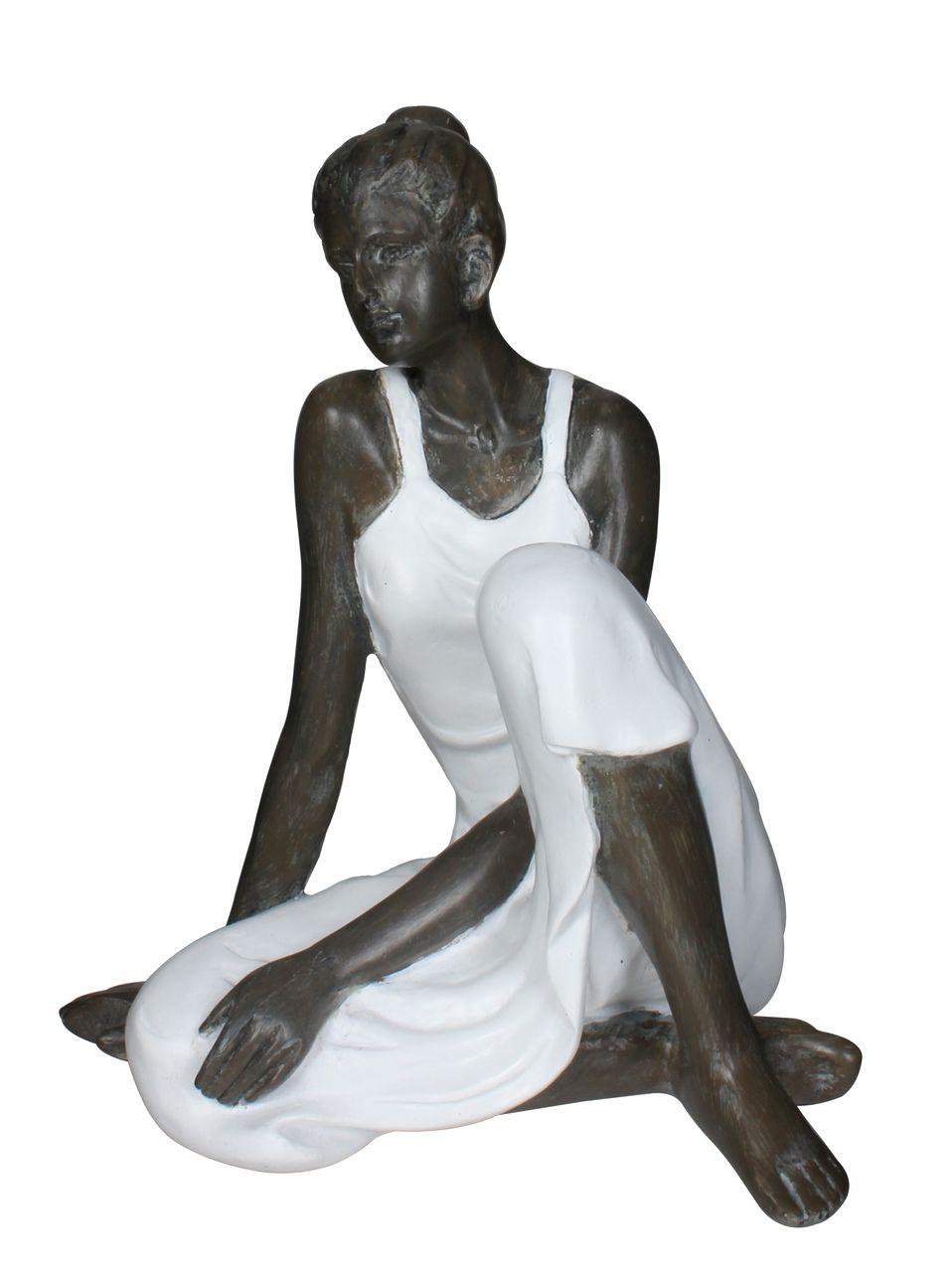 Estatua Mulher Sentada 18cm