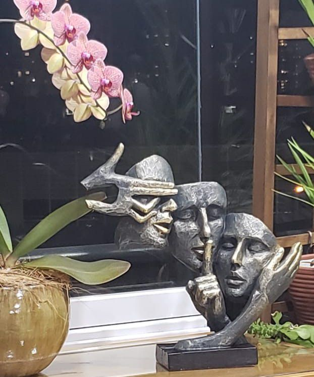 Estatua de Resina Sabedoria 37x12x35,5cm
