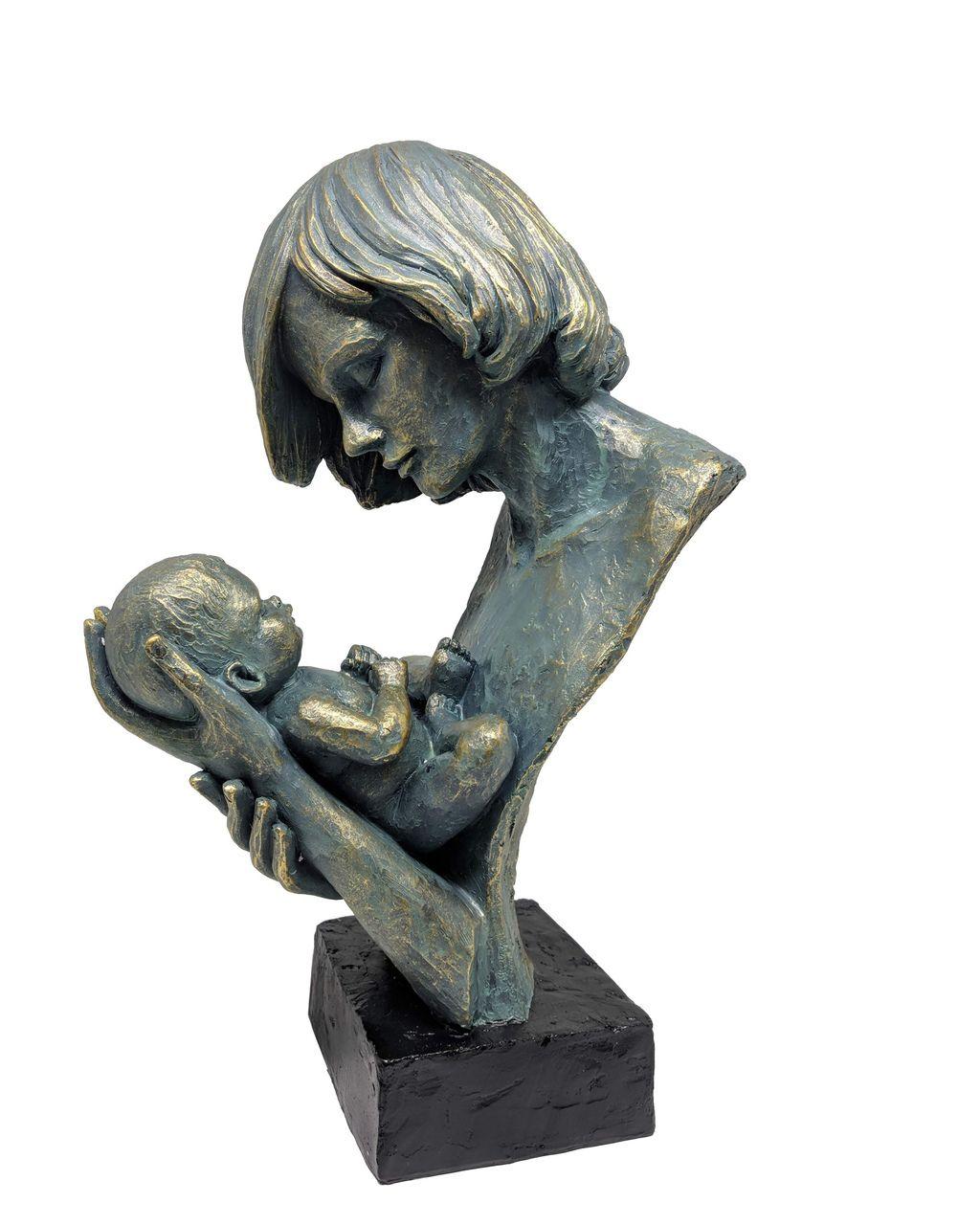 Estatua Colo De Mae 23,5x15,5x37cm
