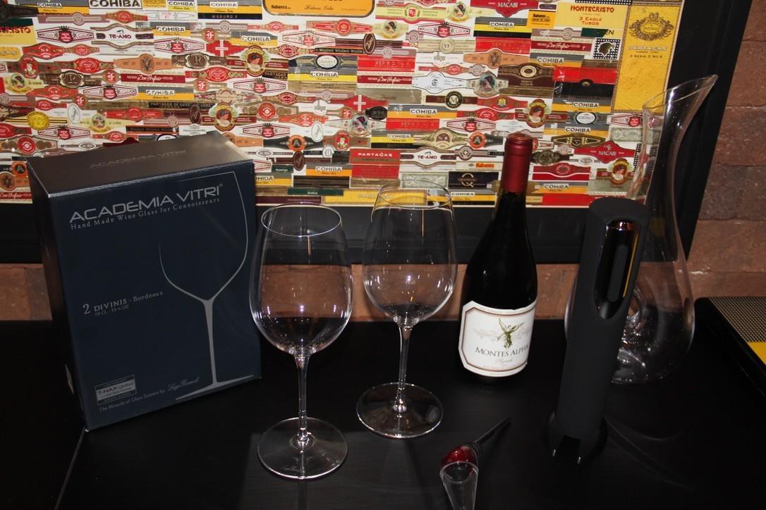 Jogo de 2 Taças Divinis Vinho Tinto 700 Ml - Luigi Bormioli