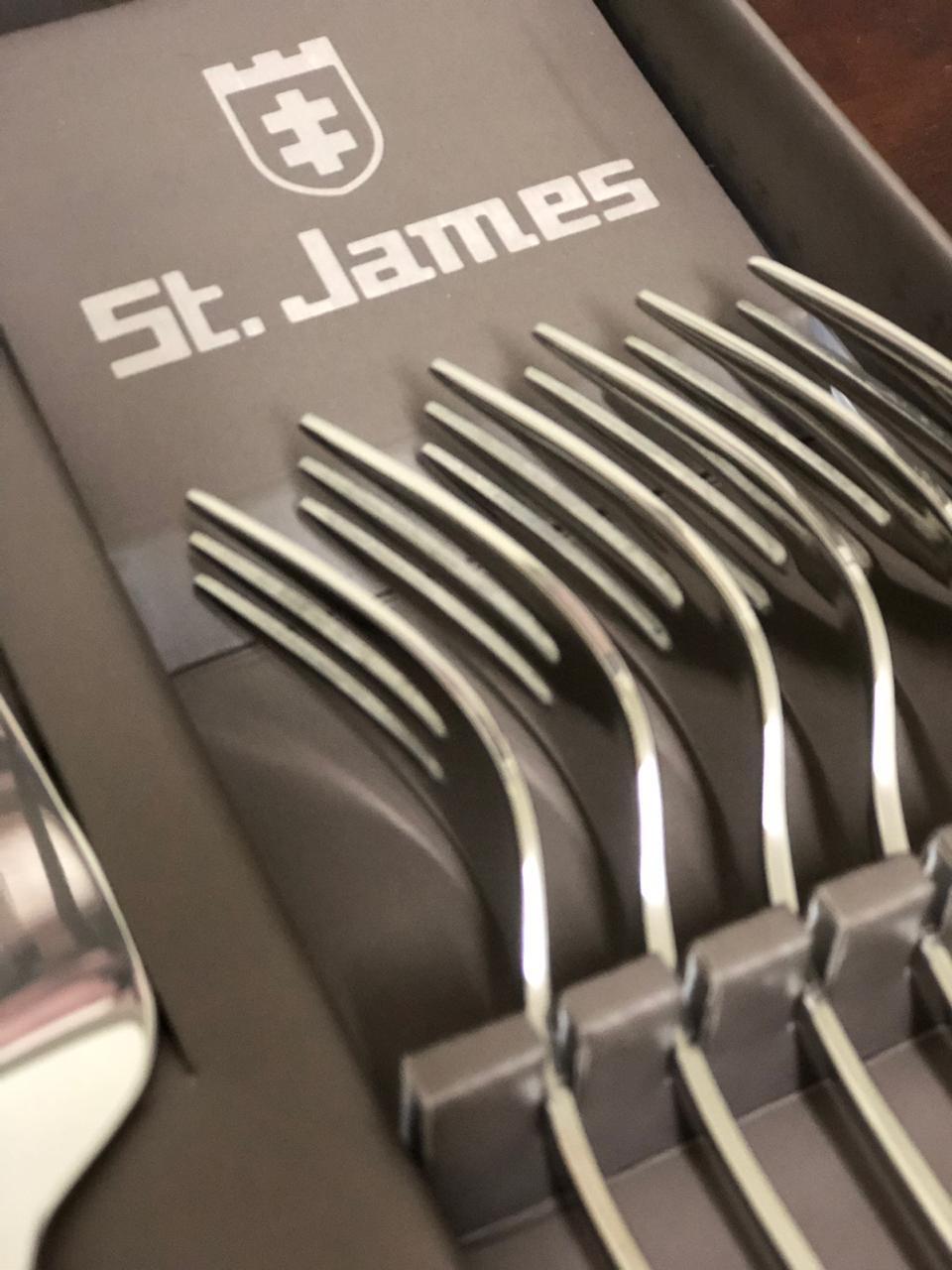 Jogo para Bolo em Inox com 1 Espatula e 6 garfos - Serenity St James