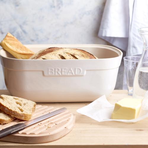 Porta Pão em Cerâmica com Tábua de corte em Madeira 35cm - Emile Henry