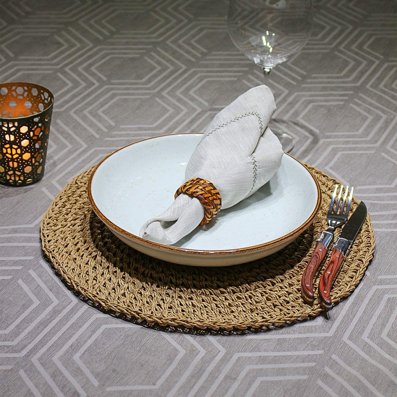 Jogo com 4 Pratos para Pasta Artisan Blanc, 4 aneis p/ Guardanapo Rattan e 4 peças de Jogo Americano Fendi