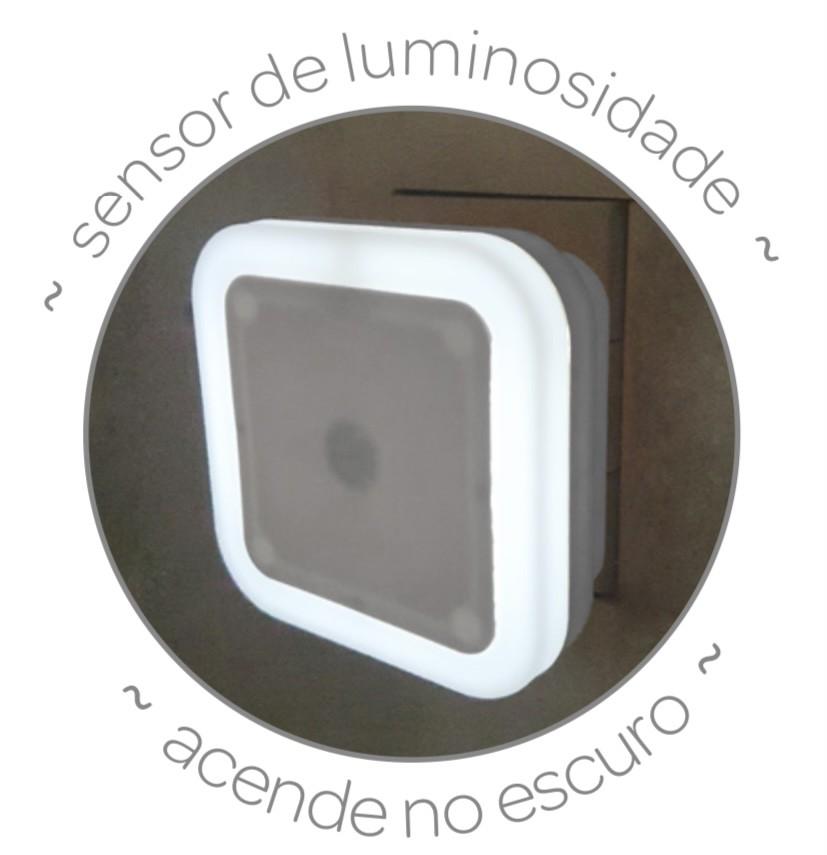 Luminária LED com Sensor - Buba