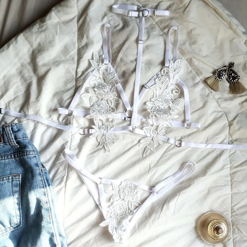 Conjunto Harness Floral com Argolas Branco