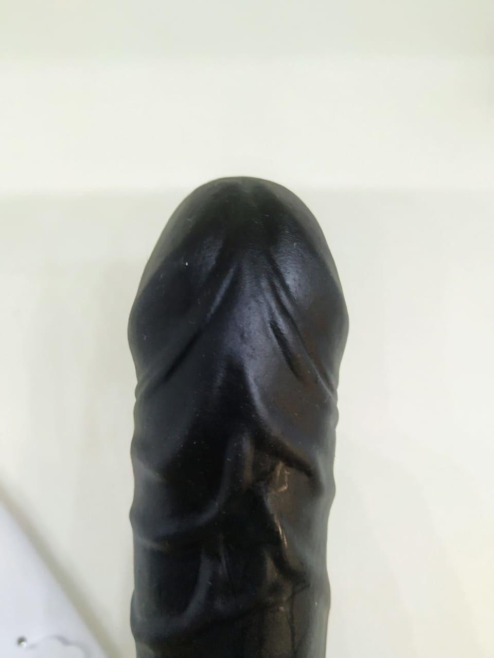 VIBRADOR PÊNIS REALÍSTICO COM VENTOSA 18 X 3,5 CM BLACK