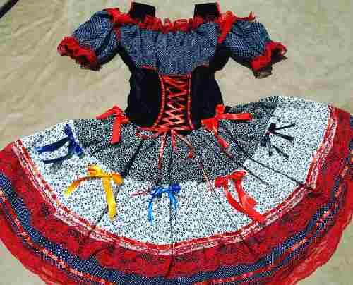 Vestido Caipira De Luxo Linda Renda E Lacos
