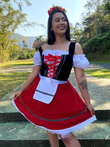 Vestido Alemã Myrela  luxo oxford vermelha com croped branco corpo veludo preto com fitas vermelhas