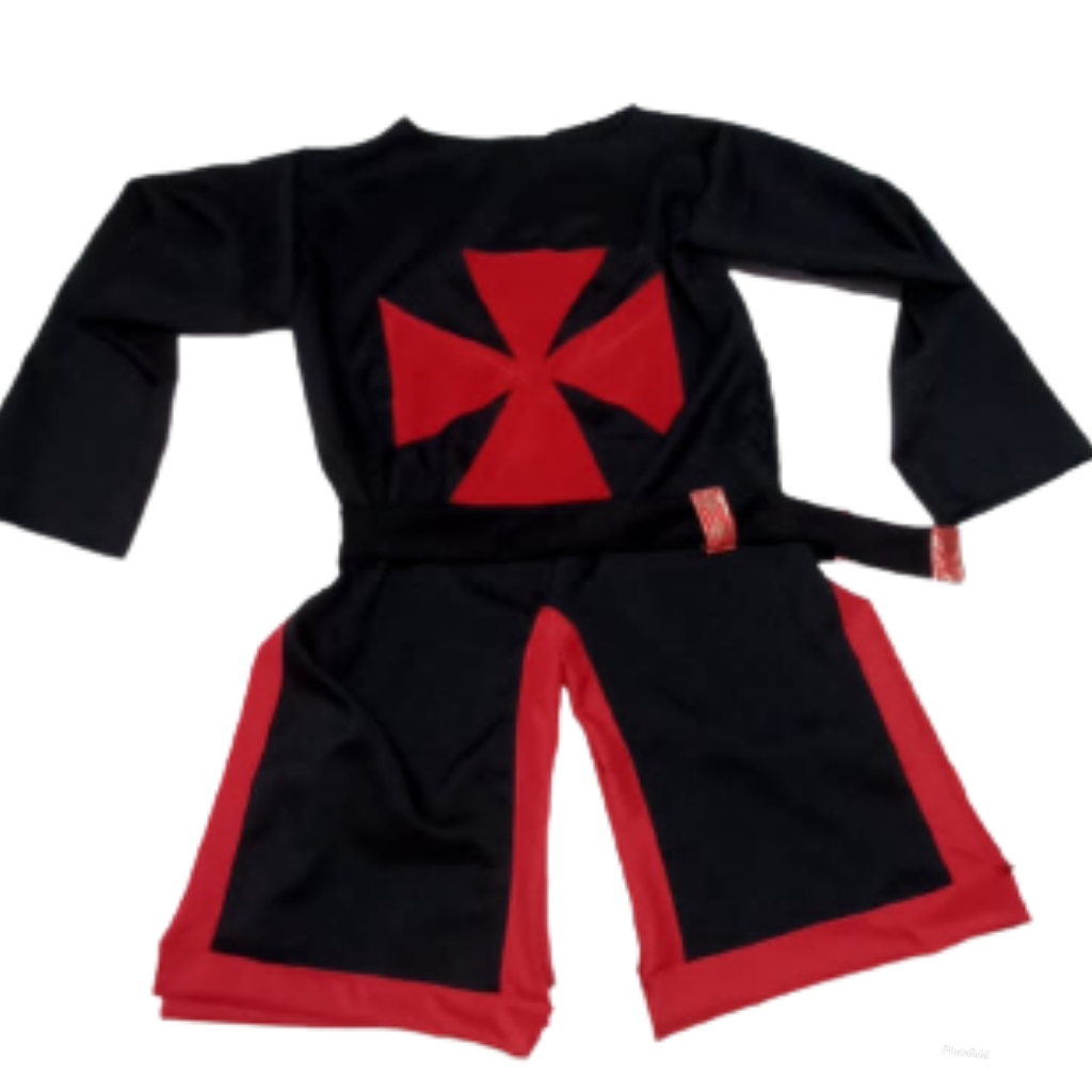 Traje templario medieval vermelho e preto