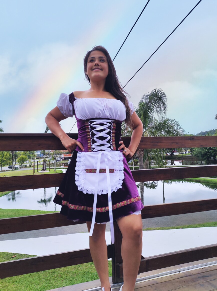 Vestido Alemã Cris oktoberfest roxo luxuoso