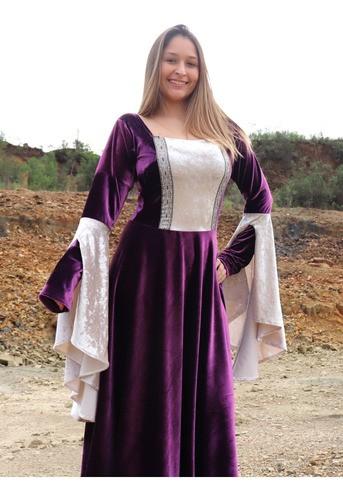 Vestido Medieval Luxuoso Princesa Roxo Lilás