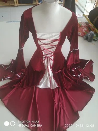 Vestido Medieval Mullet Veludo Mangas Flare