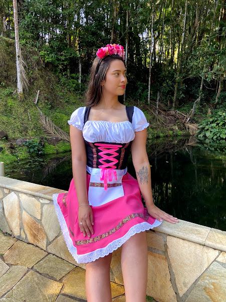 Vestido Tradicional Oxford Rosa tradicional com avental
