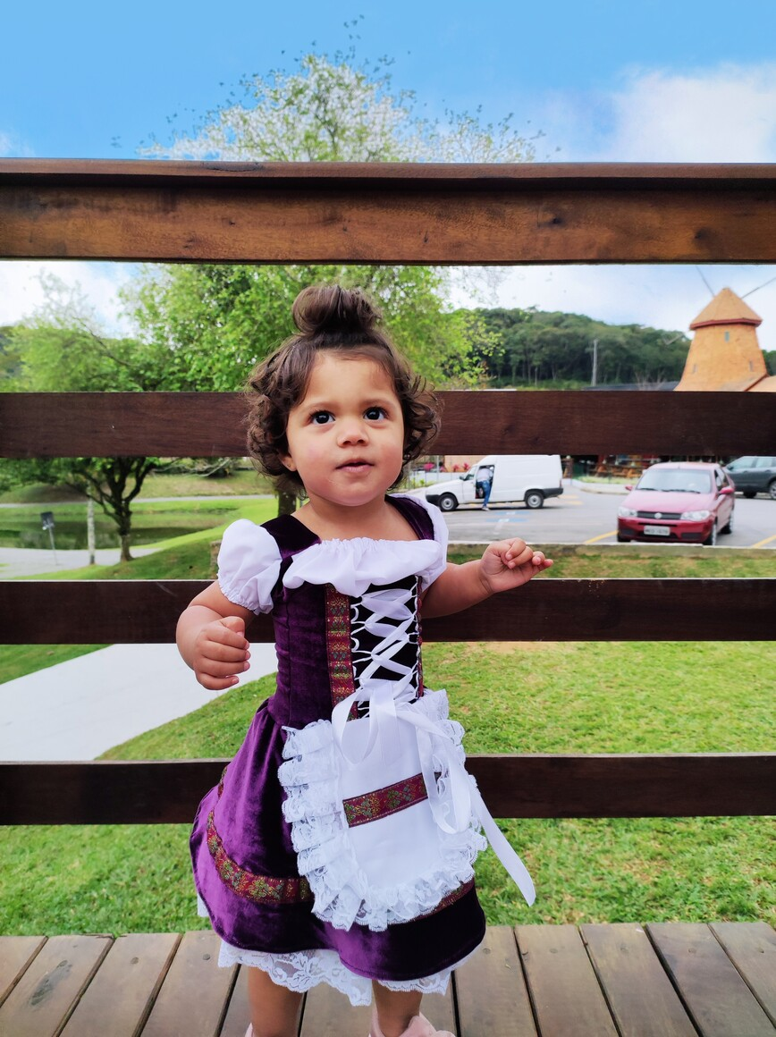 Vestido veludo infantil frida  luxuoso várias cores