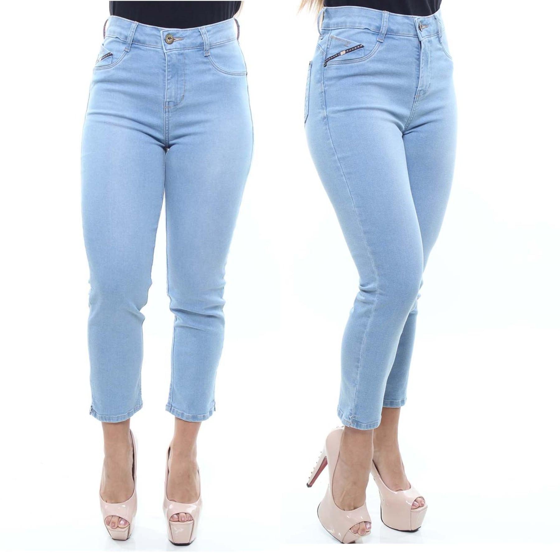 Calça Jeans Feminina Capri Cor Jeans Claro