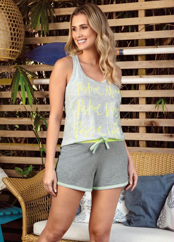 Pijama Feminino Curto com Estampa Lettering Mescla