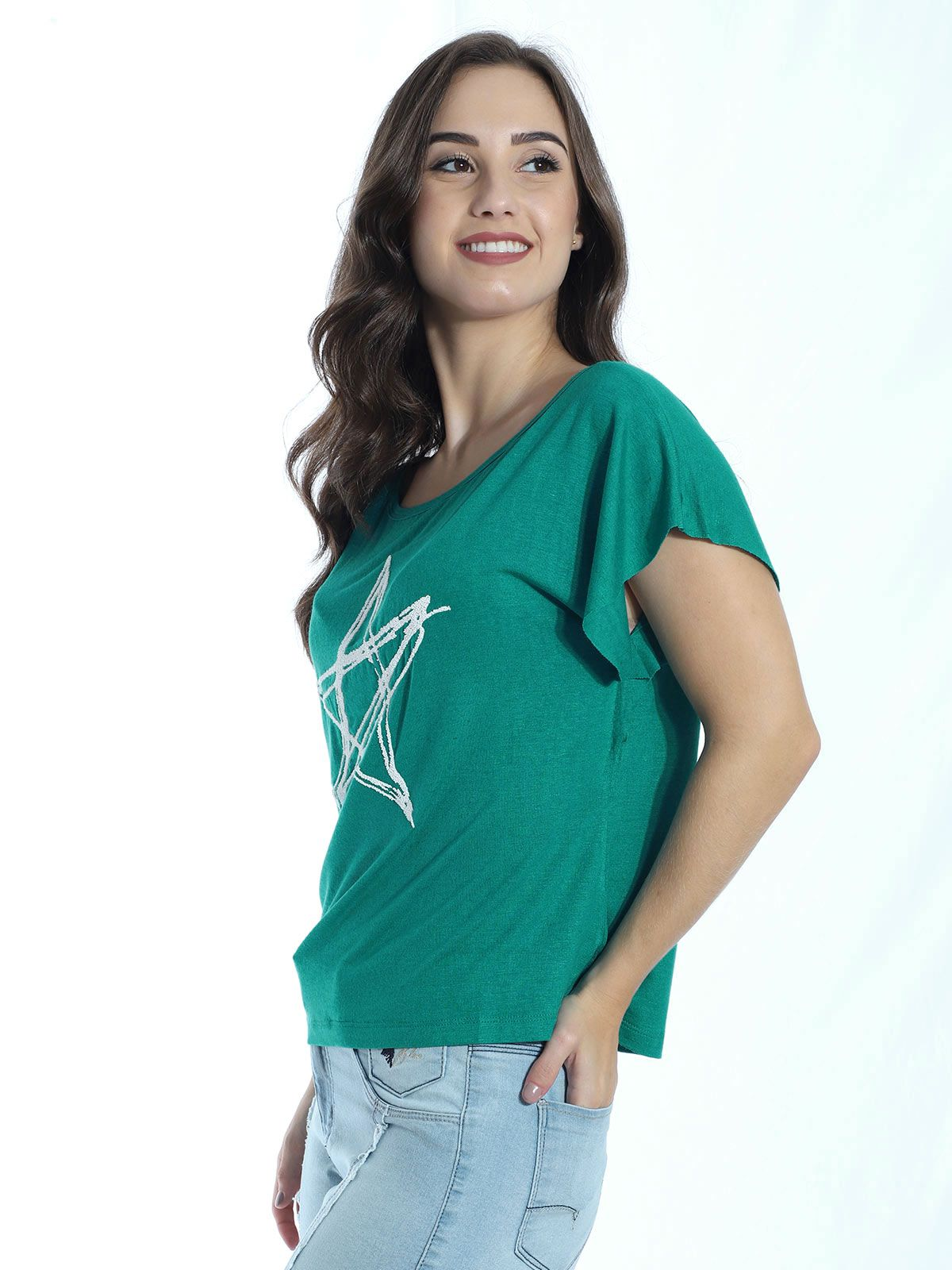 Blusa com Aplicação Estrela Anistia Verde