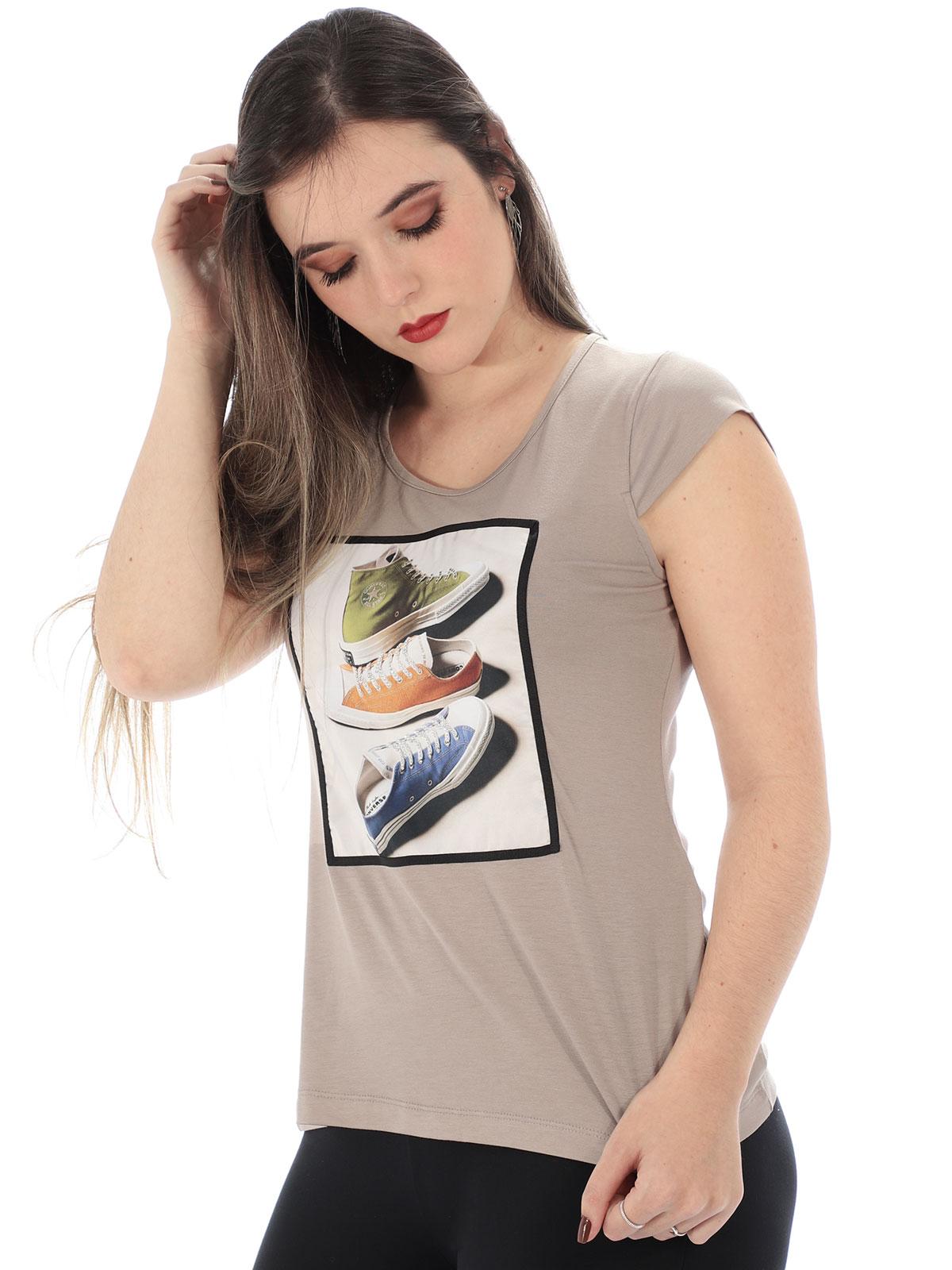 Blusa Feminina Visco com Aplicação Tenis Anistia Areia