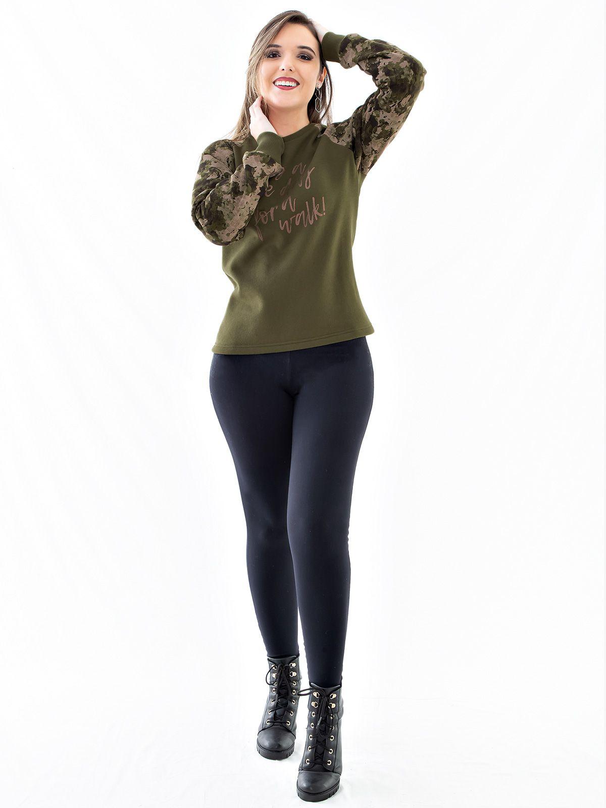 Blusa Moletom Feminino com Mangas Camufladas Anistia Verde Militar