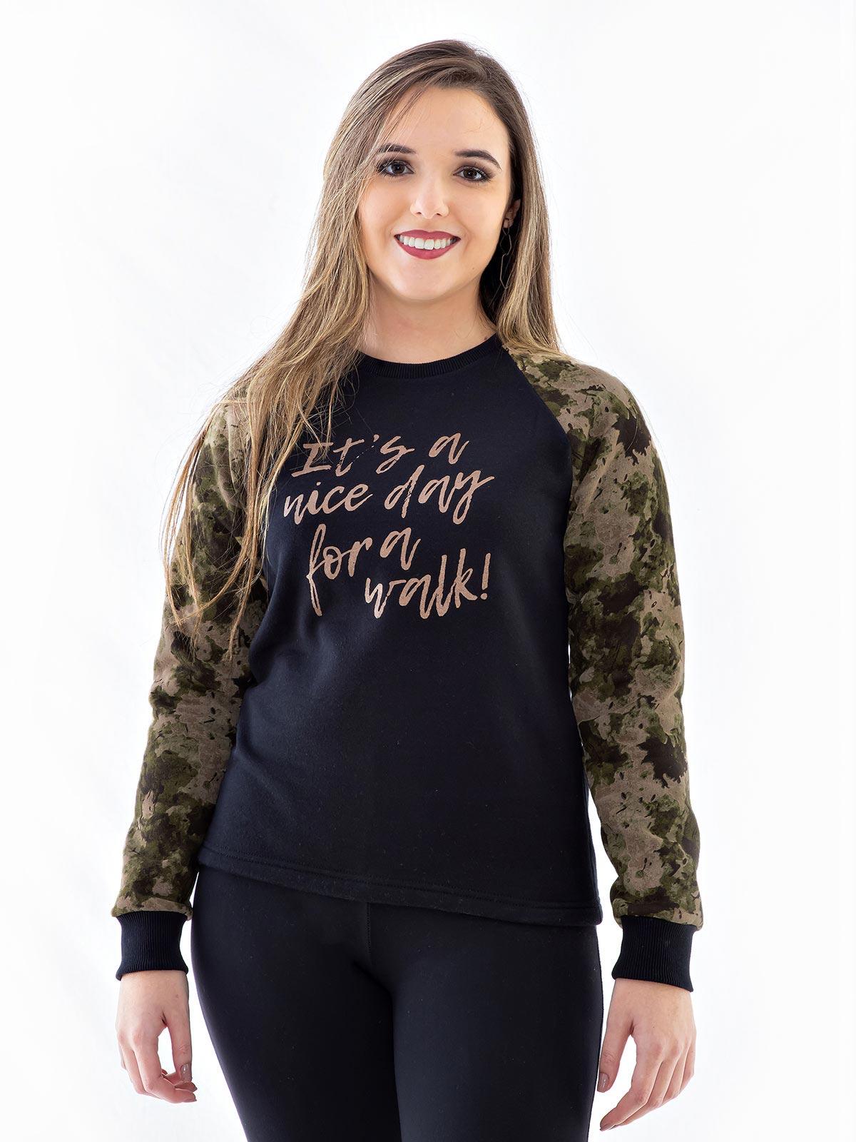 Blusa Moletom Feminino Com Mangas Camufladas Confort Preta