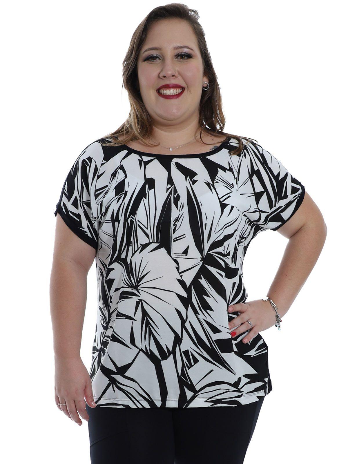 Blusa Plus Size Decote Aberto Estampada KTS Preto
