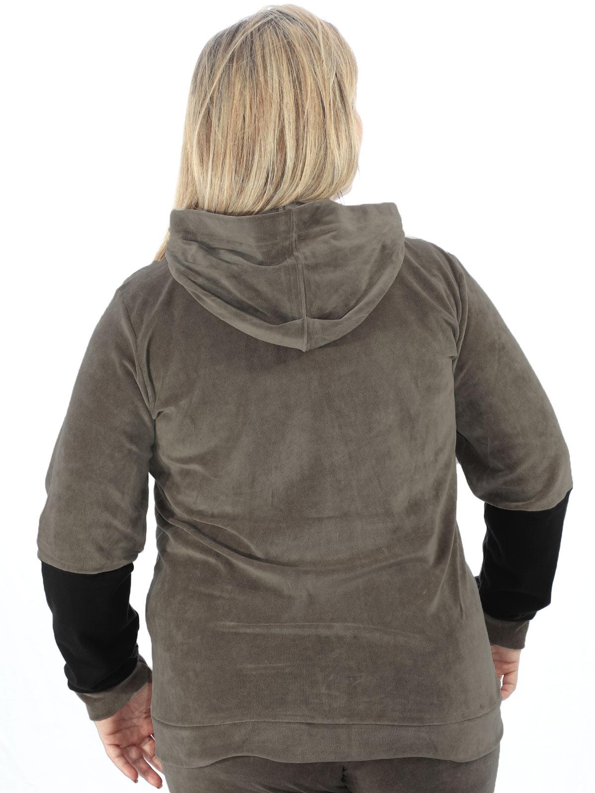 Blusa Plus Size Feminina Com Capuz De Plush Anistia Caqui