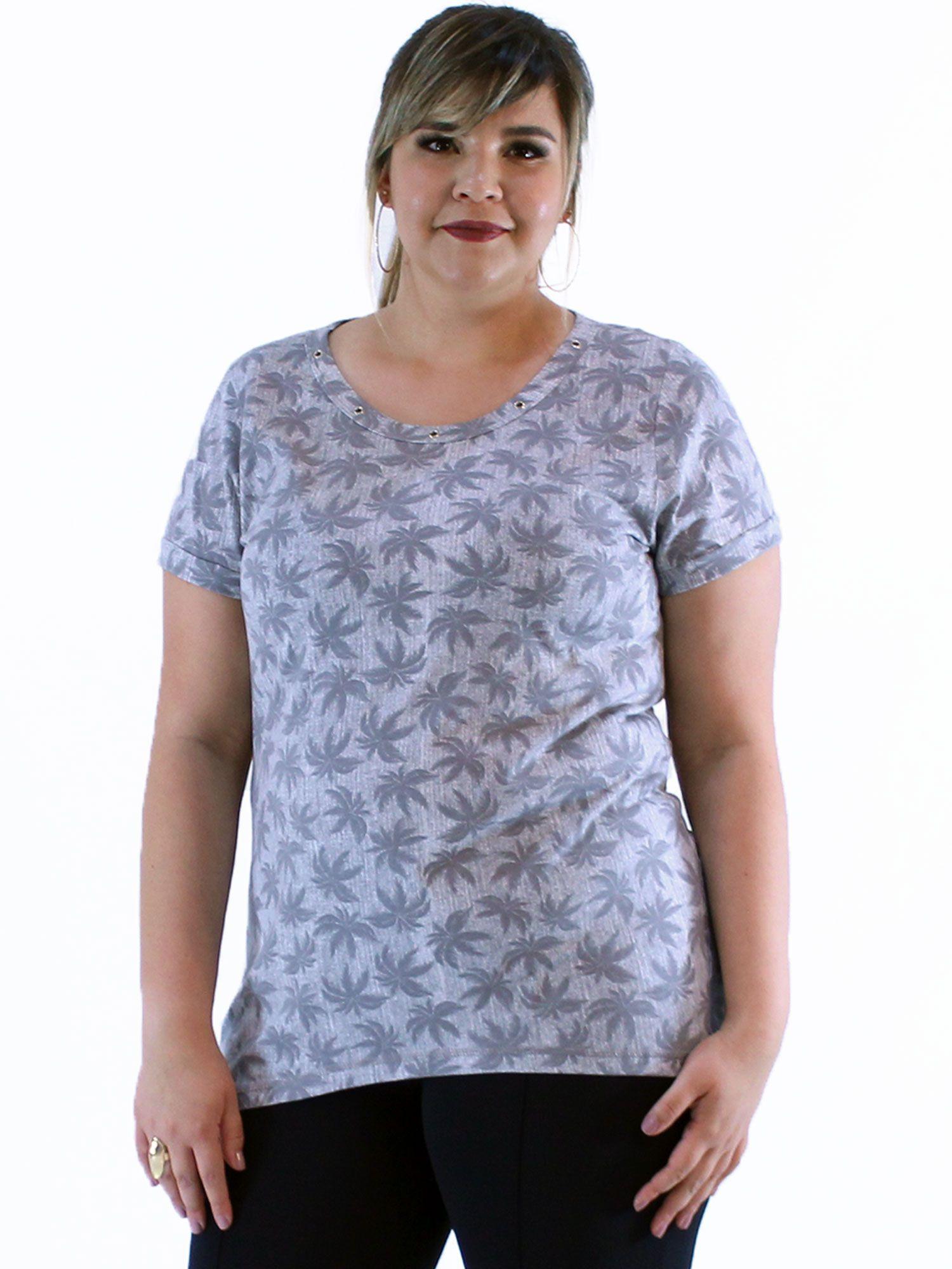 Blusa Plus Size KTS Decote Aberto com Ilhós Cinza