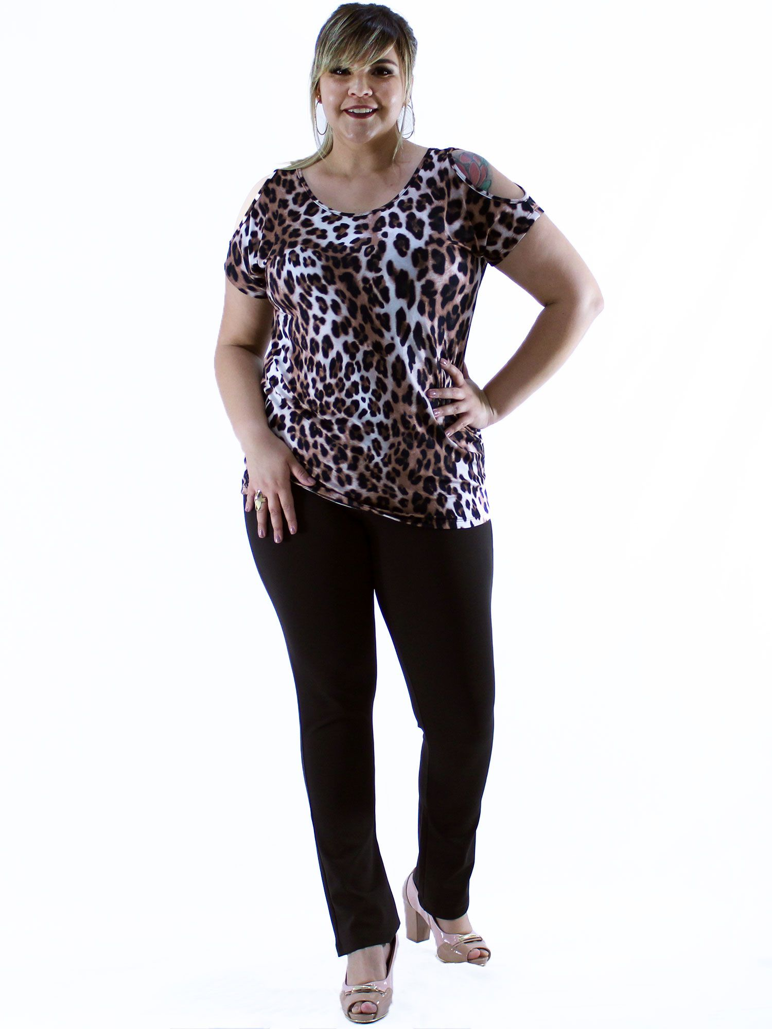 Blusa Plus Size KTS Ombro Diferenciado Marrom