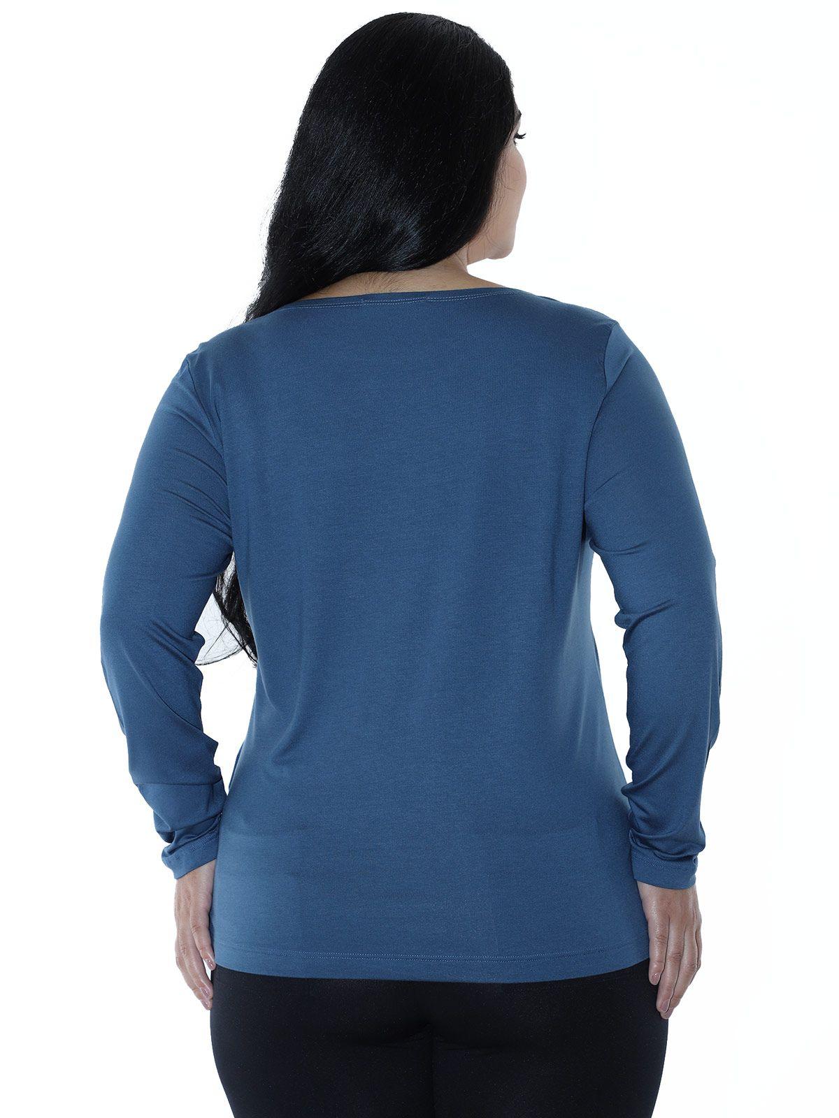 Blusa Plus Size Manga Longa Decote Canoa estampada Azul