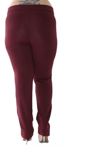 Calça Plus Size Feminina Body Fit Detalhe Lateral Bordo