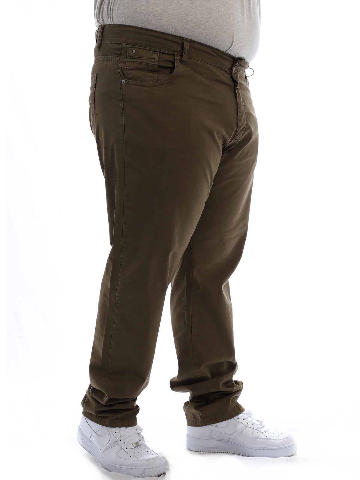 Calça Plus Size Masculina Sarja Tinturada Com Strech Verde