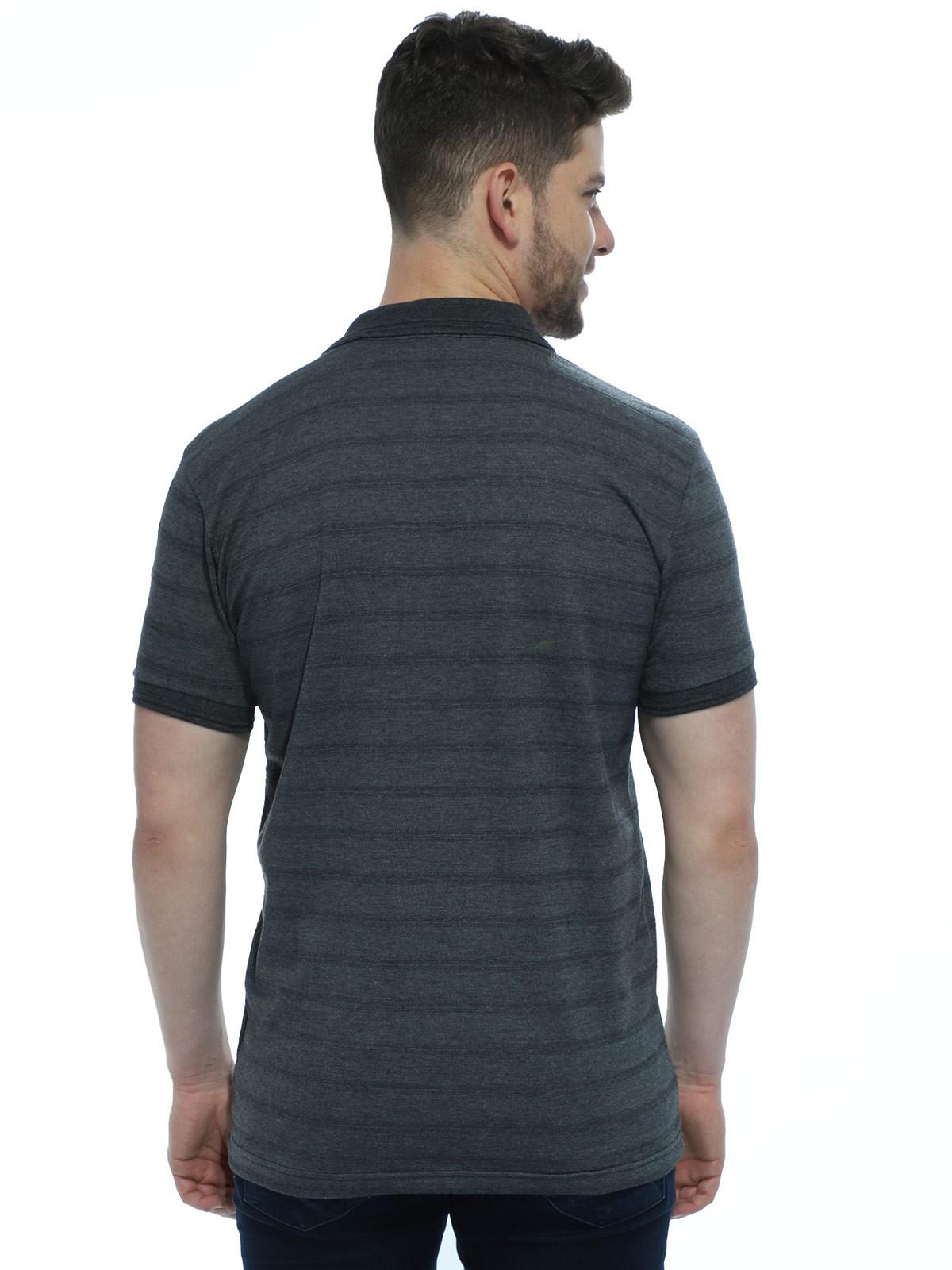 Camisa Polo Anistia com Bolso Jacquard Preto