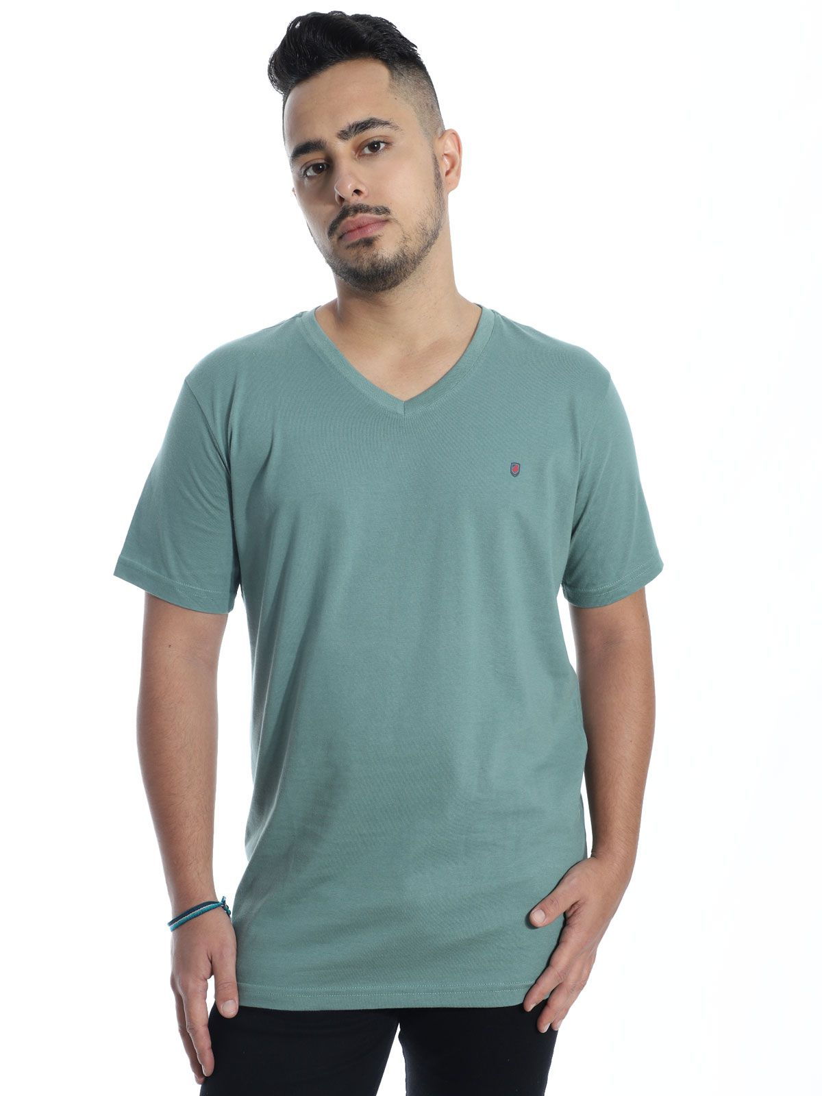 Camiseta Anistia Básica Decote V. Chest Concreto